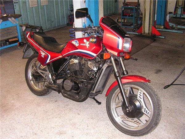 Honda VT500 E