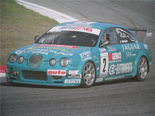 Jaguar S Type R V8 Volumex 4200 (440HP-6200rpm)