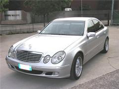 Mercedes E240 V6